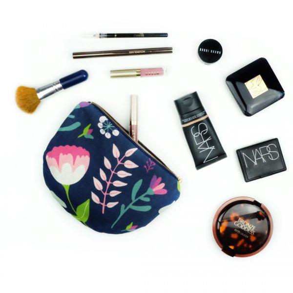 Vintage Floral Zipper Purse_Makeup