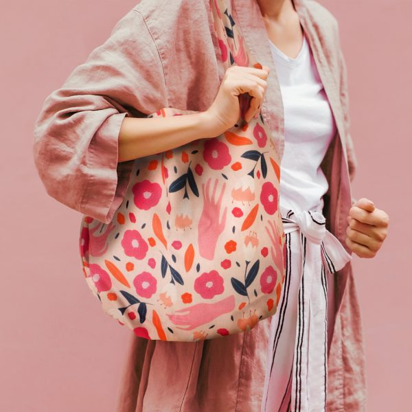 Florsit Hands Scoop Tote bag_Fashion
